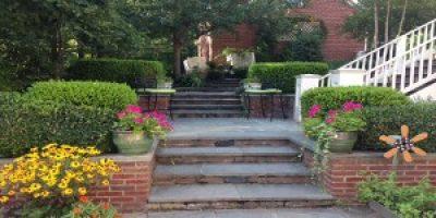 Property Services Landscape's Loudoun Lawn of the Month: August 2014